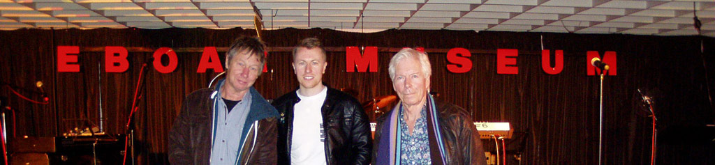 Status Quo visiting the museum